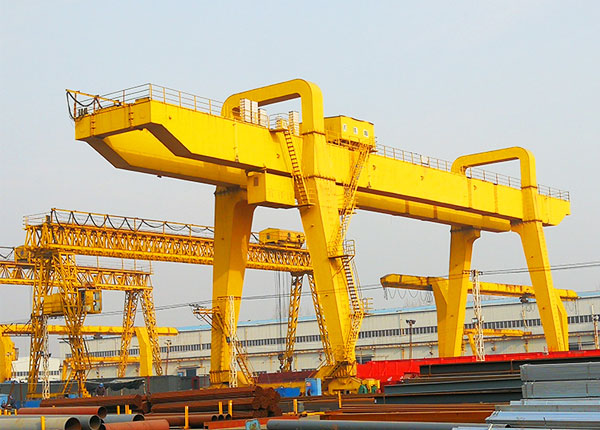 Heavy Duty Gantry Crane for Sale