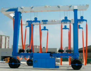 Mobile Boat Hoists Manufacturer