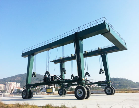 Travel Lift Manufacturer