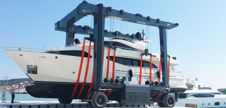 200 Ton Mobile Boat Lift for Sale