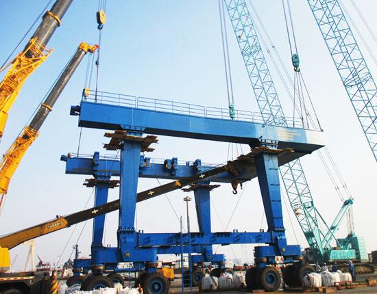 300 Ton Travel Lift