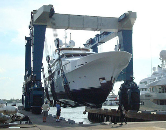 Large Boat Travel Lift for Sale