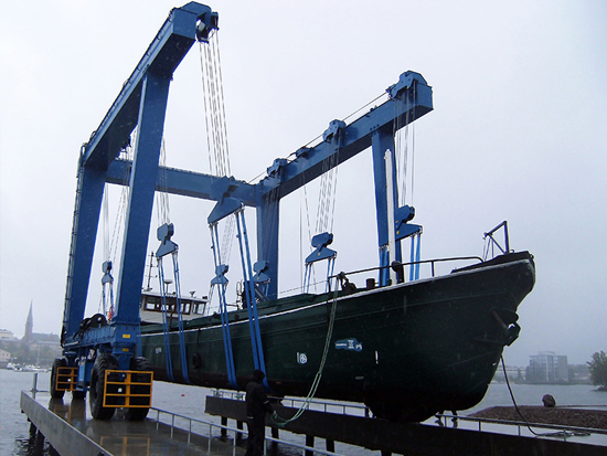 200 Ton Boat Travel Lift Manufacturer